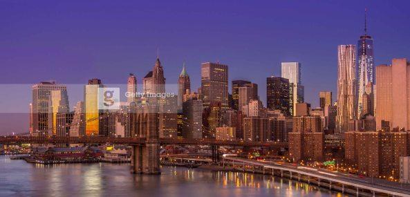 Levée de soleil sur Manhattan, New York, 25 décembre 2013. Traitement DRI.
