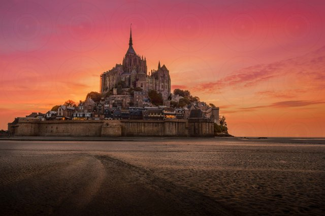Mont St-Michel Sunset II DRI-Getty-Finale