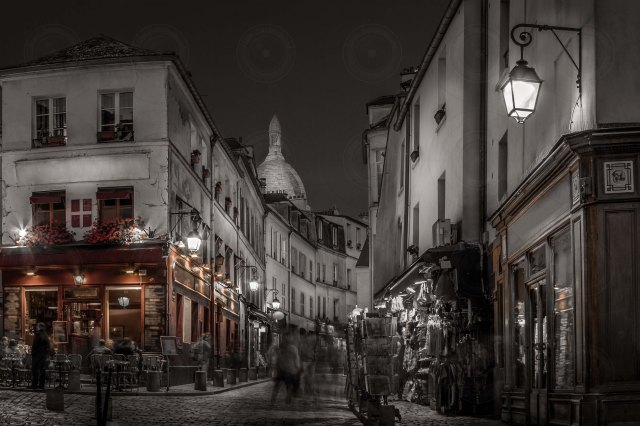 Montmartre at Night desaturated-DRI-Getty-Finale