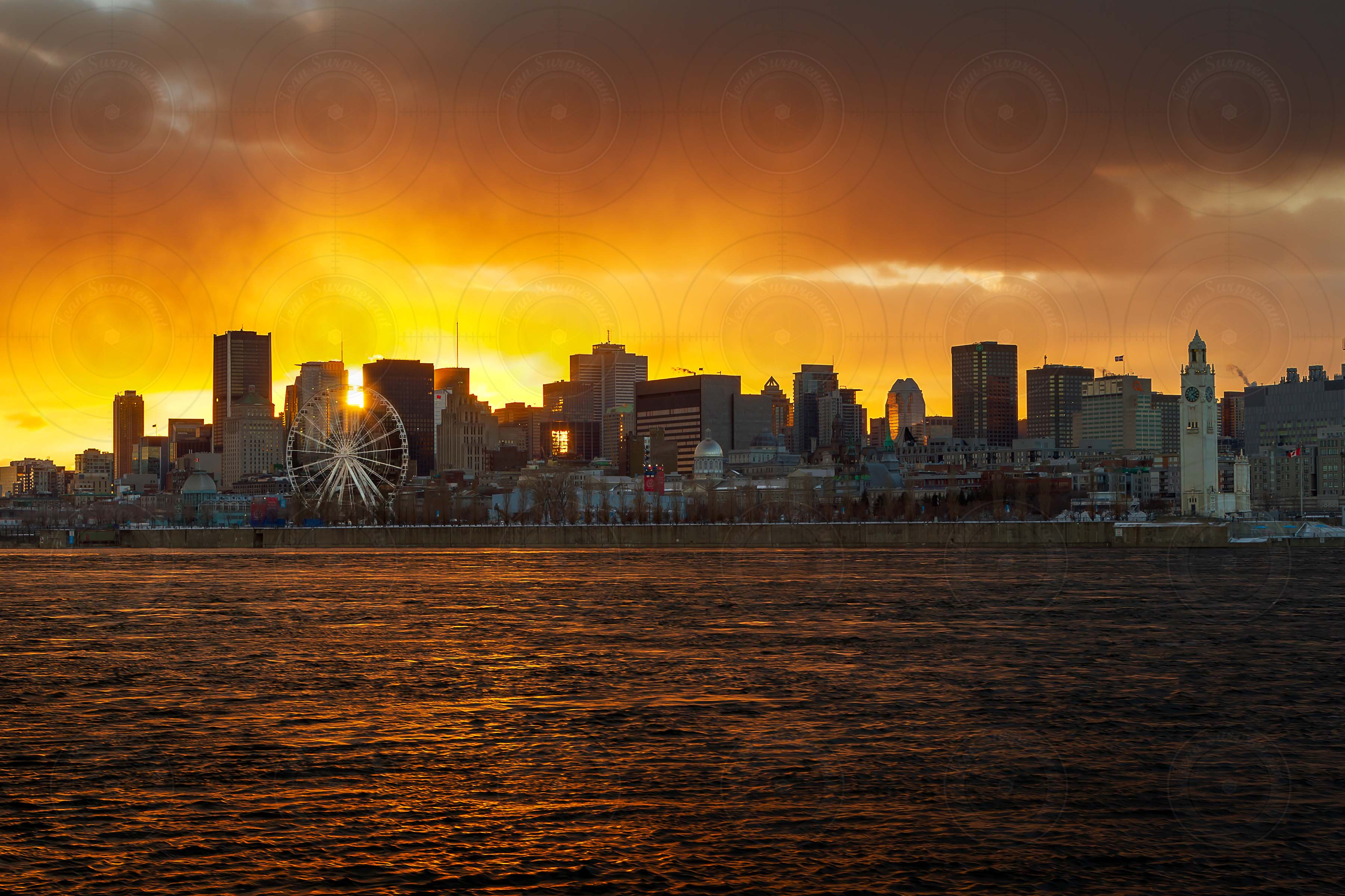 https://jeansurprenant.files.wordpress.com/2019/02/montreal-skyline-sunset.jpg