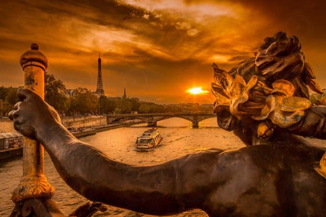 Pont Alexandre III Sunset II-DRI-Getty-Finale_2