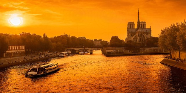 Sunset Notre-Dame-DRI-Getty-FINALE