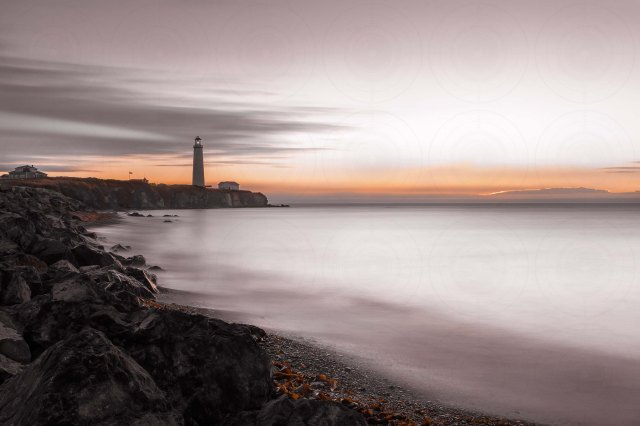 Cap-des-Rosiers lighthouse_Sunrise_Desaturated_long_exposure_DRI